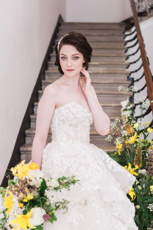 Bridal makeup for blue -eyes natural bridal makeup look portrait of a bride -