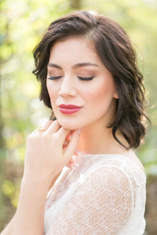 bridal makeup with berry lipstick for wedding short hair look for wedding