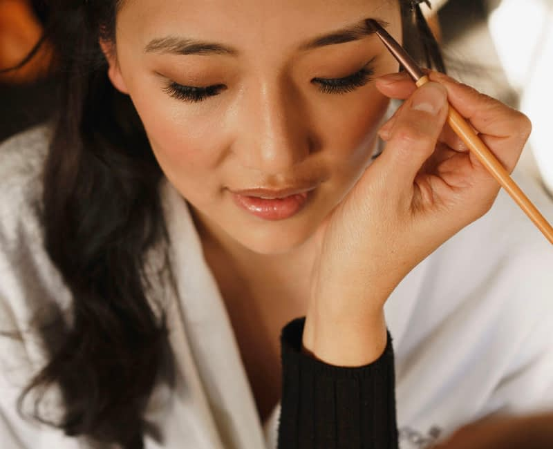 Chinees bride makeup application how to create natural eyebrows