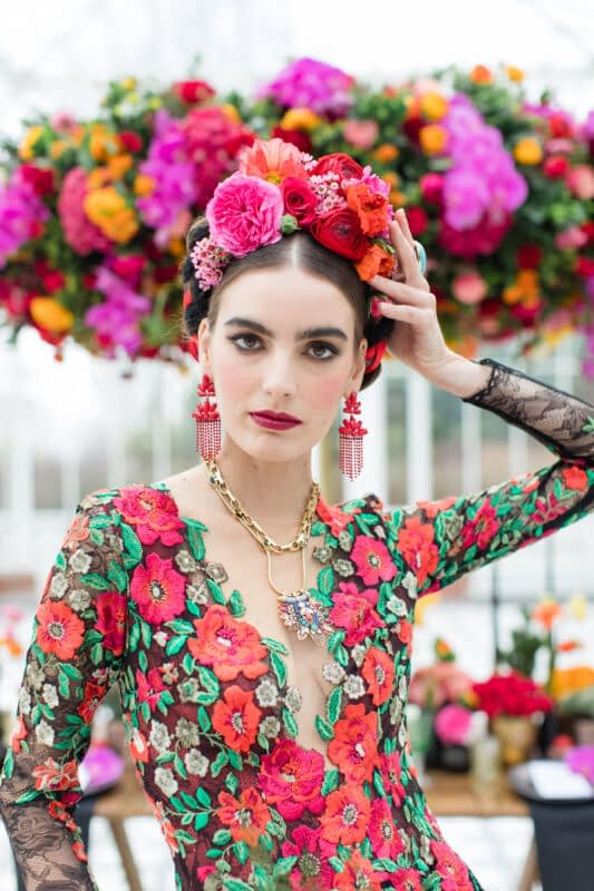 Bridal makeup look inspired by Frida Kahlo stunning flower crown