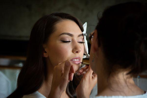 Makeup artist at work how to be a makeup artist lipliner for wedding day