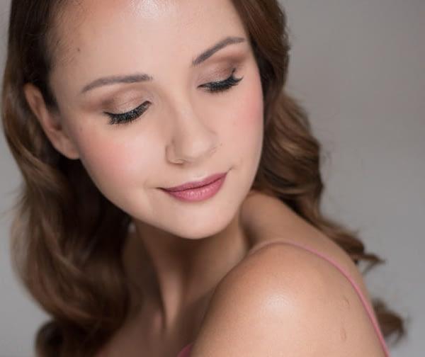 Bridal makeup for brown eyes natural bridal makeup look portrait of a bride