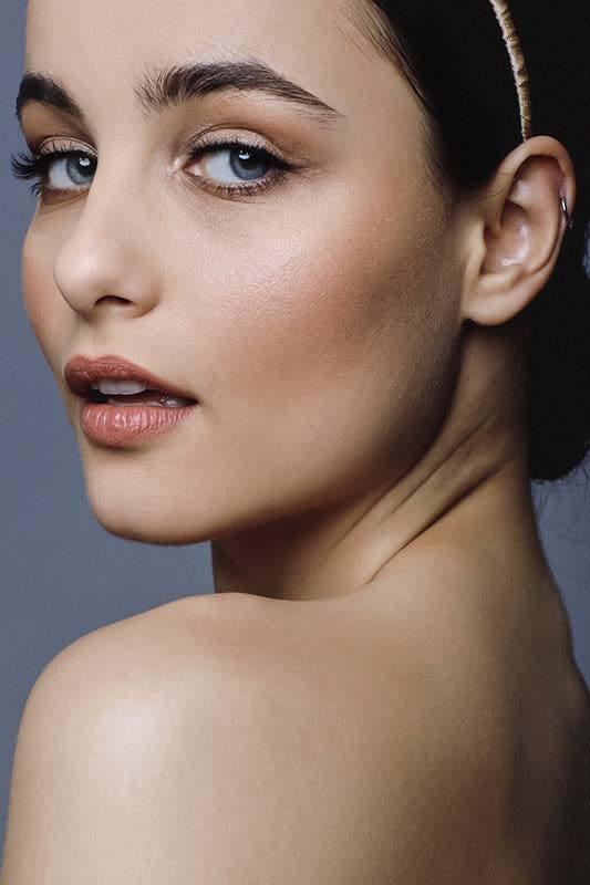 Natural bridal makeup with nude lips